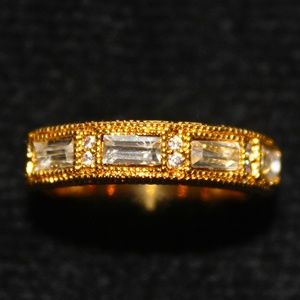 Jewelry - Square Crystal Ring Size 8